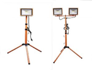 LED FLOODLIGHT W/ TRIPOD
