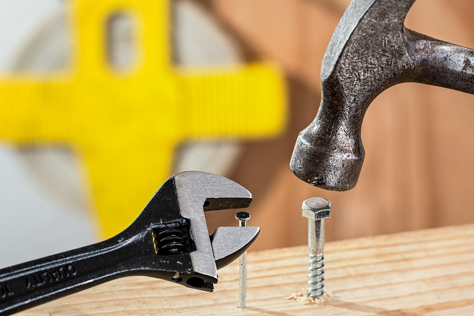How to Properly Use These 4 Tricky Hand Tools